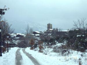 campillo-de-ranas-bajo-la-nieve_296347